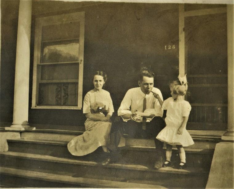 Lulu, Frank Sands W. and Dorothy (aka Aunt Corky), c. 1915 - A