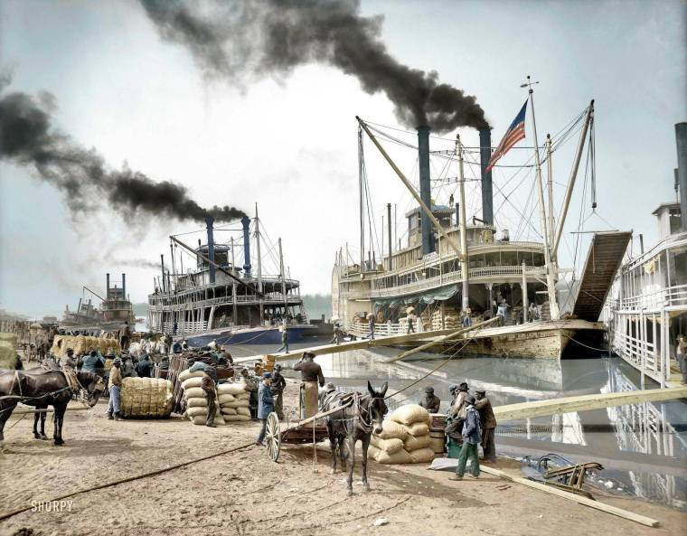 Steamboat on Mississippi River 1907 colorized