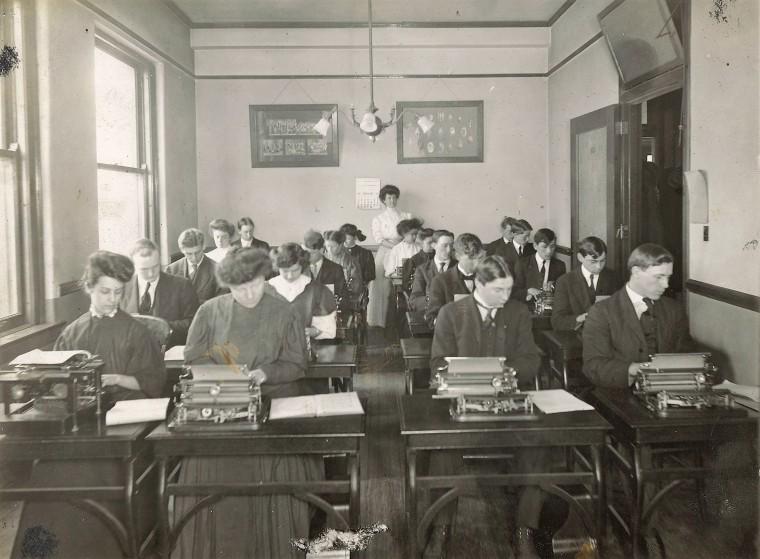 WBU Typing Class 2a, c. 1905