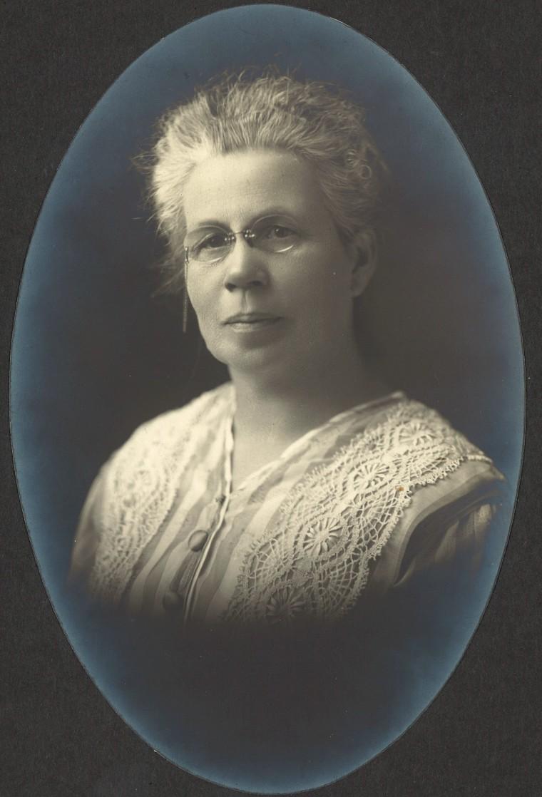 Grandma Mattie Sands (1860-1932) c. 1920