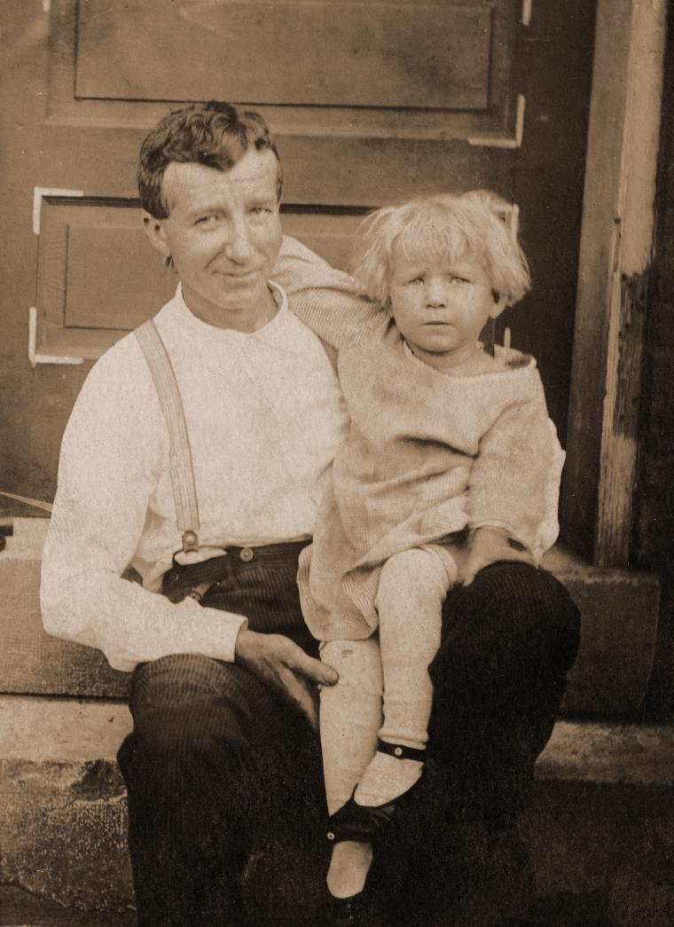 Grandpa Berger with Grandma Dorothy c 1917_fixed